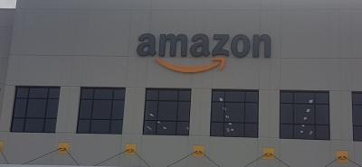 عشاق الأعمال والتقنية من مبتعثي شيكاغو ينبهرون من غابة أمازون( Amazon)  العملاقة .